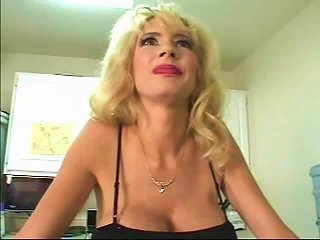 Hot Big-titted Blonde Milf