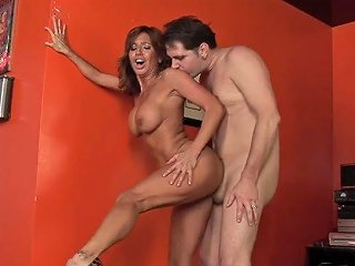 Tara Holiday And Young Experienced Dick
