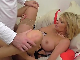 Mature British Mother Seduce Young Lover Porn BF Xhamster