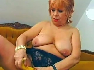 Chubby Mature Stuffed A Banana Inside Her Pussy Porn 25